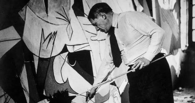 """Picasso pintando """"El Guernica"""""""